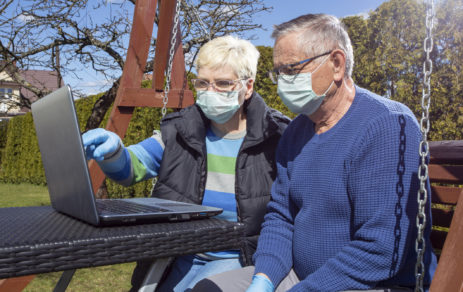 mi-nursing-home-and-care-facilities-get-approval-of-outdoor-family-visits