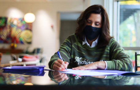 gov.-whitmer-signs-executive-directive-to-protect-state-employees